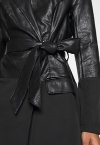Missguided - BELTED BLAZER DRESS - Sukienka letnia - black - 6