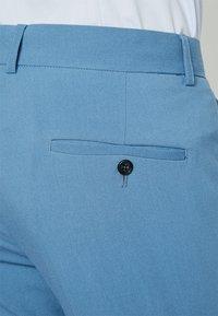 Lindbergh - Kostym - sky blue - 10
