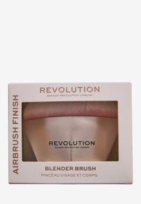 Make up Revolution - REVOLUTION AIRBRUSH FINISH BLENDER BRUSH - Makeup brush - - - 1