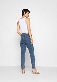 Pieszak - BRENDA MOM NOTTING HILL - Slim fit jeans - denim blue - 2