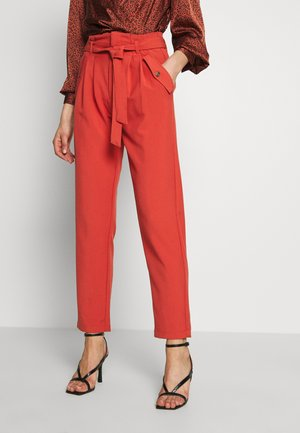 JDYSELMA PAPERWAIST PANT - Broek - hot sauce