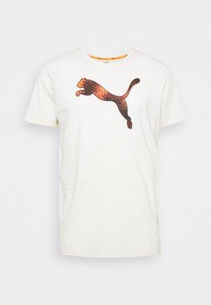 GRAPHIC LOGO TEE - T-shirt print - eggnog