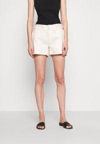 Banana Republic - UTILITY - Shorts - offwhite - 0