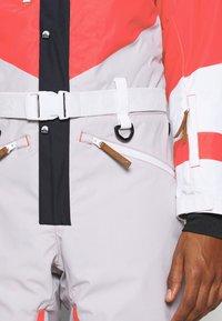 OOSC - FRANK THE TANK  - Snow pants - white - 7