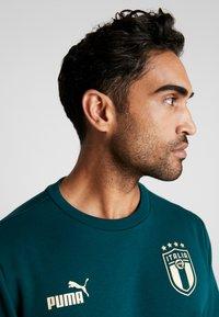 Puma - ITALIEN FIGC CULTURE CREW SWEATER - Sweater - ponderosa pine/gold - 3