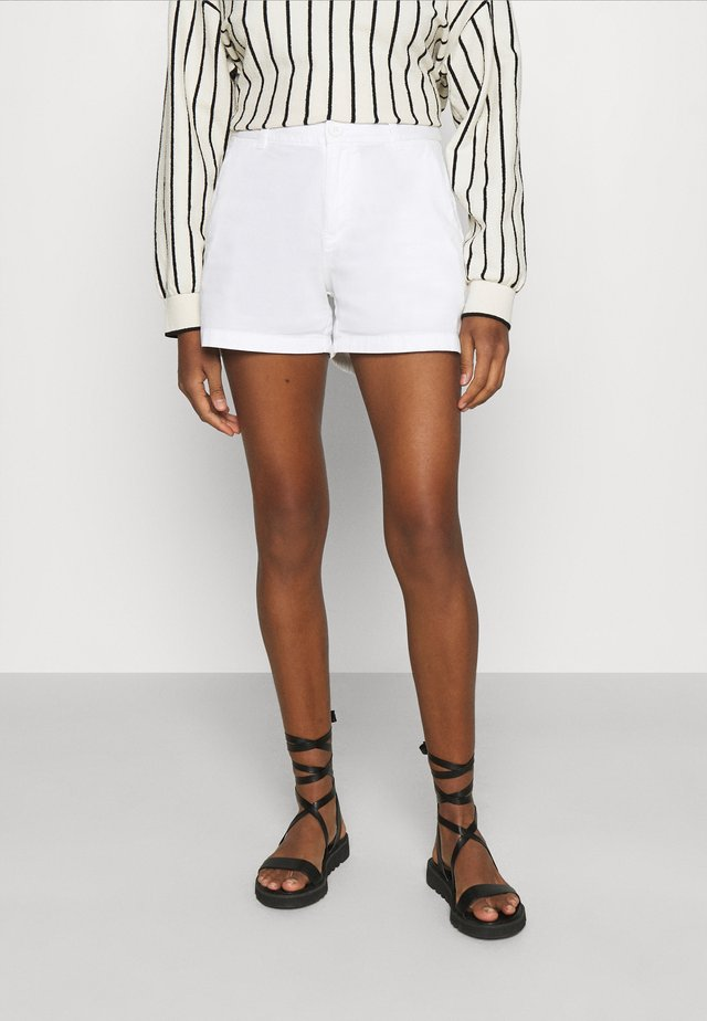 WILLOW  - Shorts - bright white