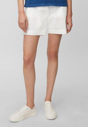 MODERN DETAILS - Shorts - white
