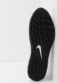 Nike Golf - AIR MAX 1 G - Obuwie do golfa - white/black - 4