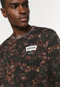 Levi's® - GRAPHIC CREW - Felpa - black - 5
