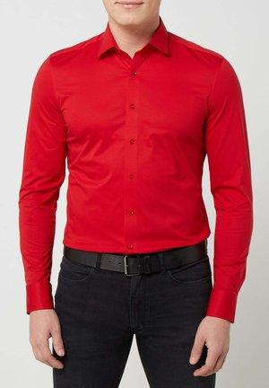SLIM FIT - Shirt - rot