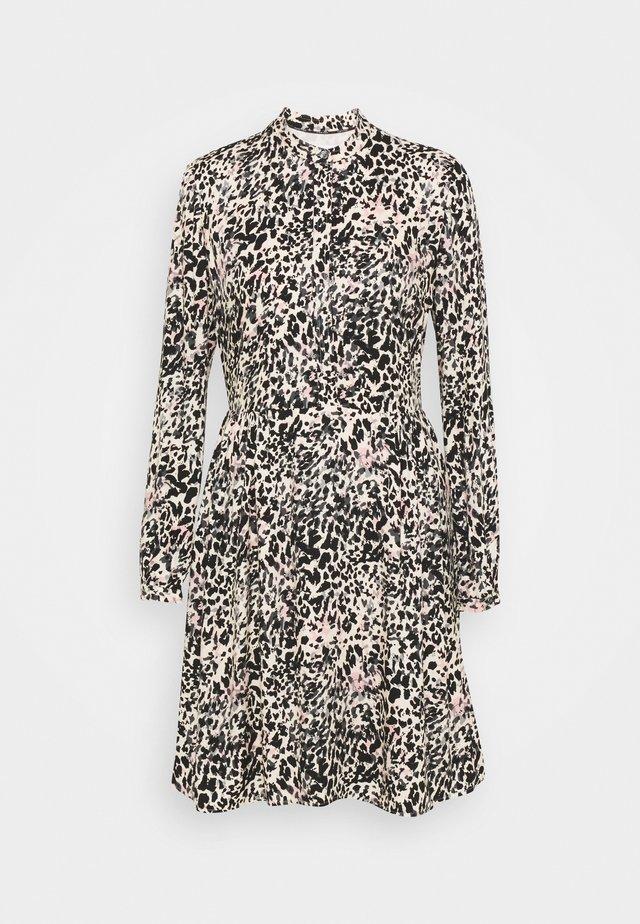 BUTTON DRESS - Shirt dress - white smoke