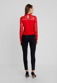 Guess - GLADYS - Blouse - red hot - 2