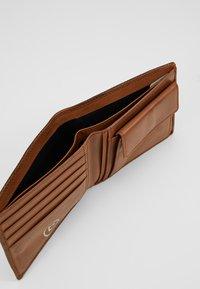Bugatti - Wallet - brown - 6