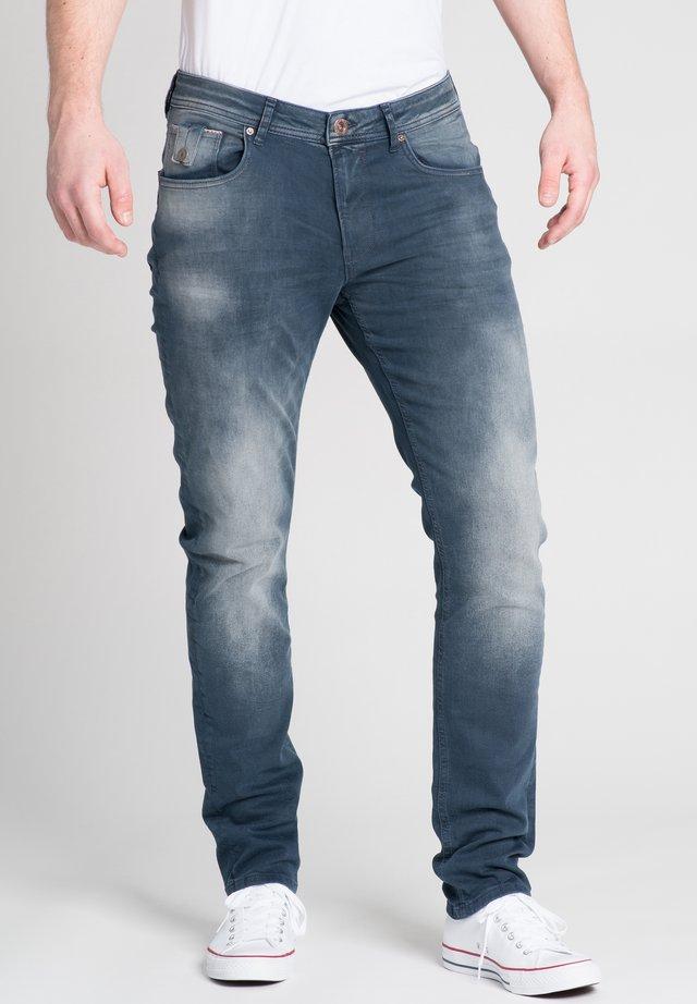 RICARDO - Slim fit jeans - blau