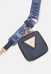 River Island - SET - Across body bag - navy - 3