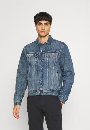 Denim jacket - medium indigo