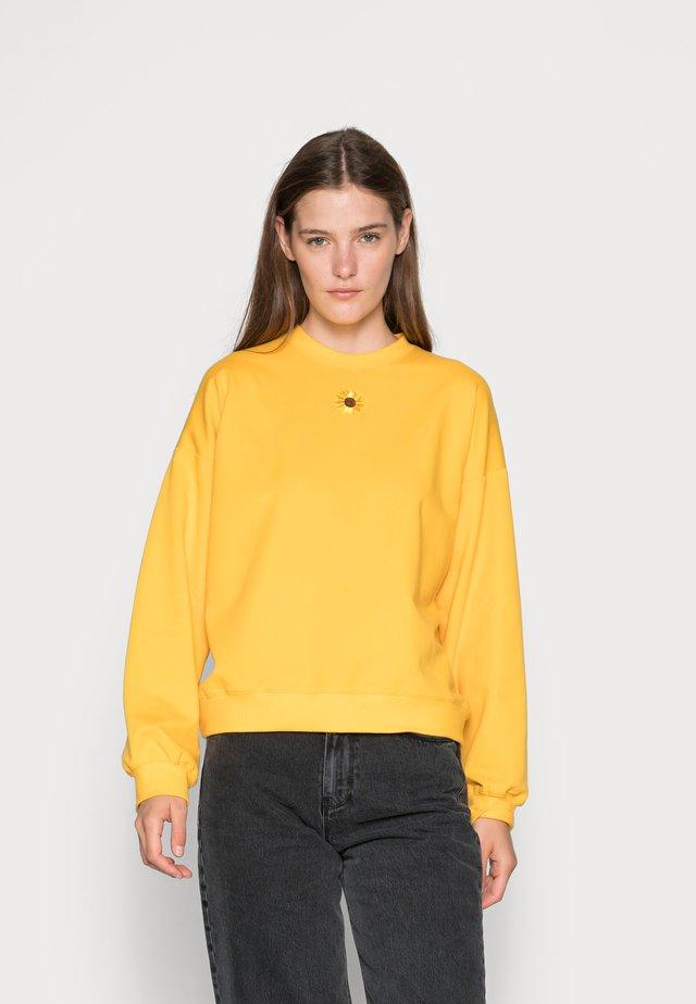 FLEUR - Mikina - yellow