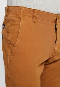 DOCKERS - SMART 360 FLEX ALPHA SKINNY - Chinos - dark ginger - 3