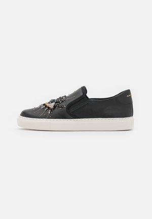 LEAH EYE - Zapatillas - black