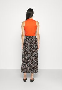 Vero Moda - VMSIMPLY EASY SKIRT - Maxi skirt - black/adda - 2