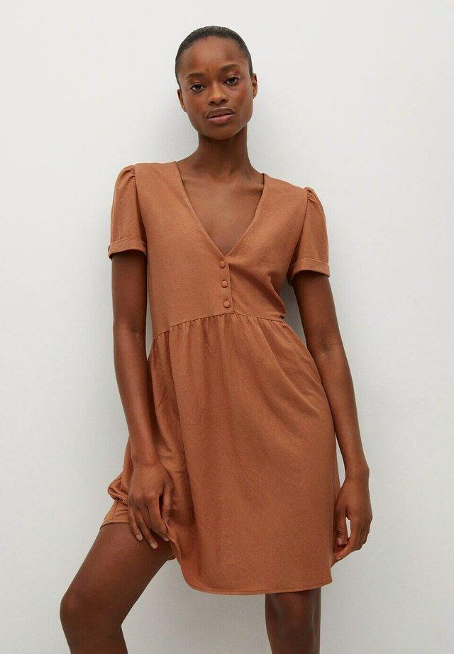 FLOWY - Sukienka letnia - burnt orange