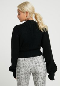 Glamorous Petite - BUTTON DOWN - Cardigan - black - 2