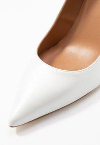 Pura Lopez - Zapatos altos - glow bone - 2