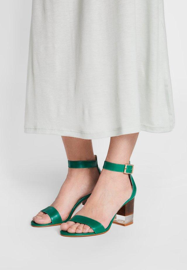 VAIA - Sandales - vert