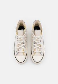 Converse - CHUCK TAYLOR ALL STAR SUMMER FEST PLATFORM - Zapatillas altas - egret/sesame/black - 5