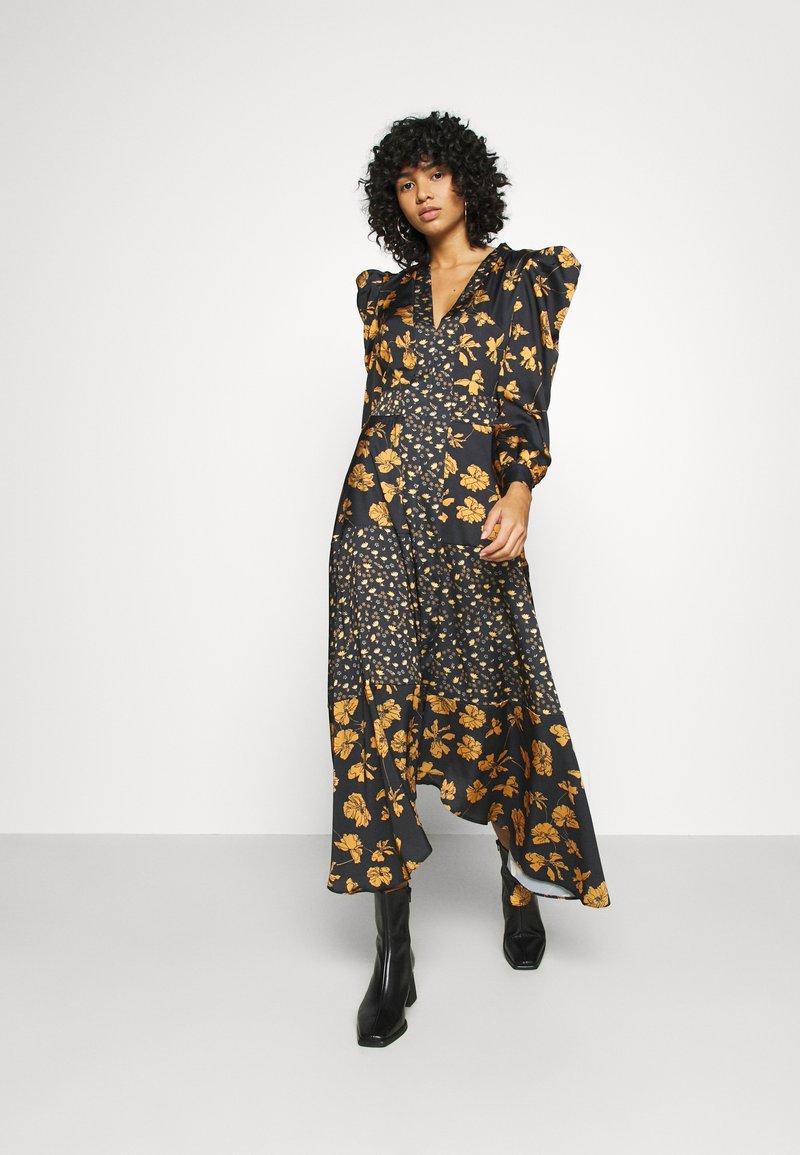U Collection by Forever Unique - Długa sukienka - black /orange