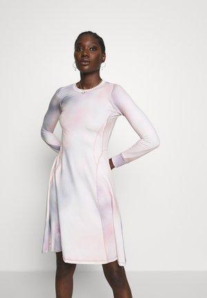SUE DRESS - Day dress - lilac