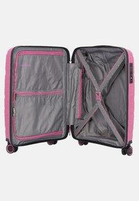 Travelite - MOTION 4-ROLLEN - Luggage - rose - 3