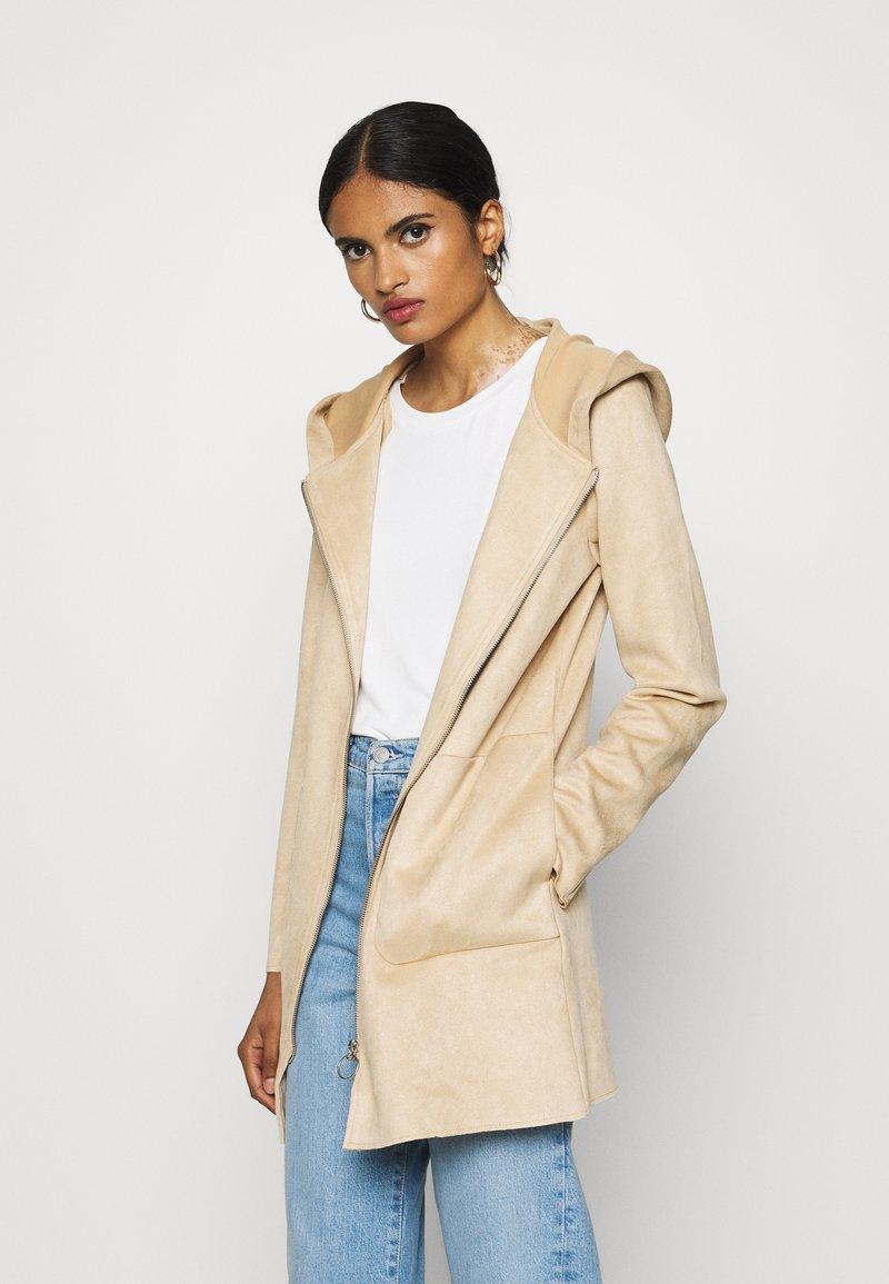 ONLY - ONLHANNAH HOODED JACKET - Short coat - light brown