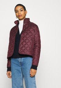 Selected Femme - SLFPLASTICCHANGE QUILTED JACKET - Light jacket - port royale - 3