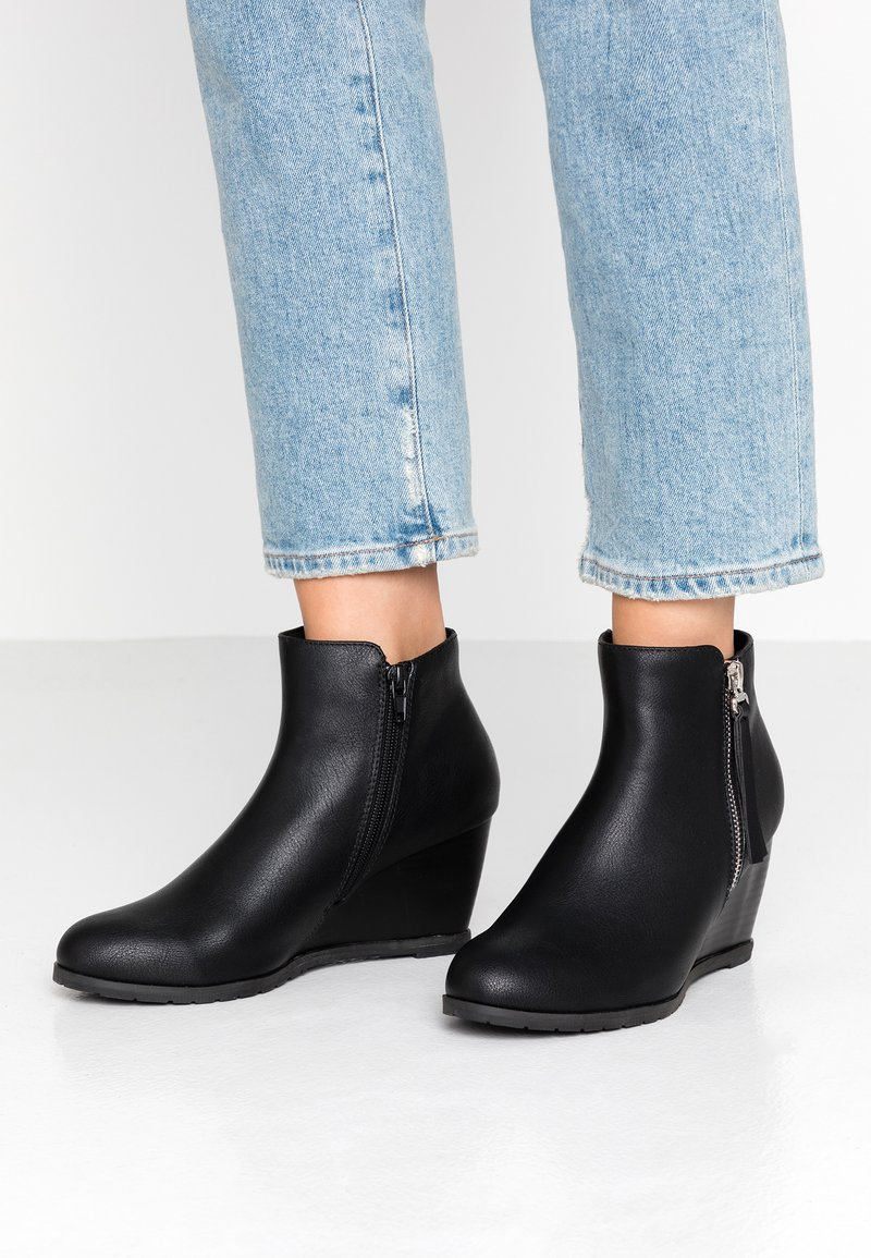 Wallis - ASTONISH - Ankle boots - black