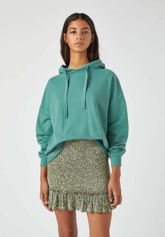MIT KAPUZE - Felpa con cappuccio - green