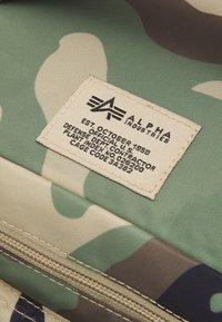 Alpha Industries - TACTICAL COOLER BAG UNISEX - Holdall - woodland - 4