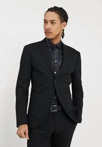 Isaac Dewhirst - BASIC PLAIN SUIT SLIM FIT - Garnitur - black - 2