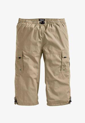 BERMUDA - Shorts - sand