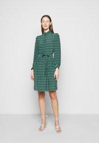 WEEKEND MaxMara - VERBAS - Denní šaty - dark green - 0