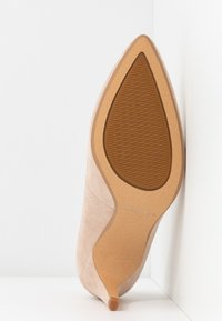 Clarks - LAINA RAE - Klassiske pumps - blush - 6