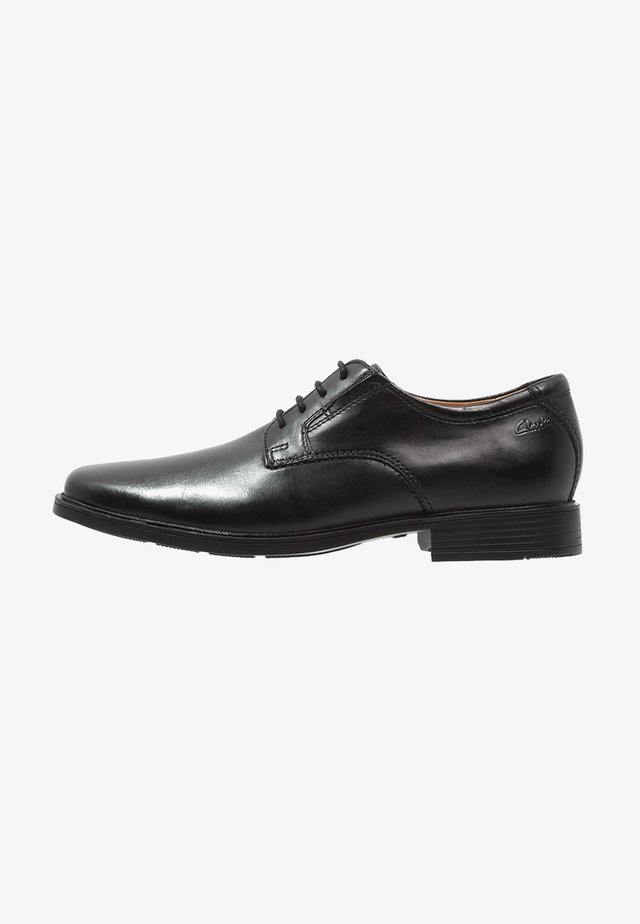 TILDEN PLAIN - Lace-ups - black