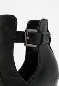Buffalo - JONA - Kotníková obuv na vysokém podpatku - black - 2
