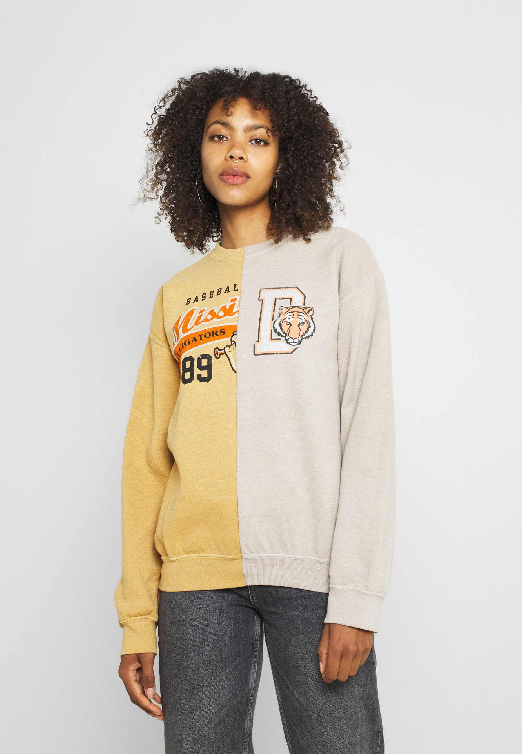 Women SPLICED ALLIGATORS - Sweatshirt