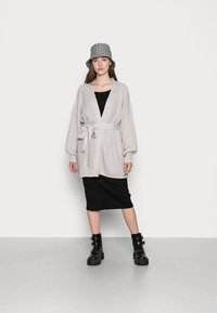 Missguided - RECYCLED WAFFLE STITCH BELTED  - Cardigan - grey - 1