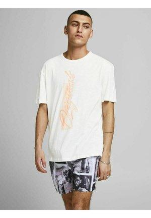 RELAXED FIT - Print T-shirt - cloud dancer