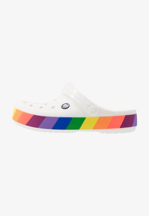 CROCBAND RAINBOW BLOCK - Pool slides - white/multicolor