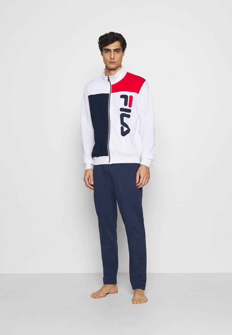 Fila - BRUSHED FEECE PYJAMAS WITH FULL ZIP - Pyjamas - white