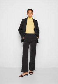 Victoria Victoria Beckham - RELAXED JACKET - Blazer - black - 4