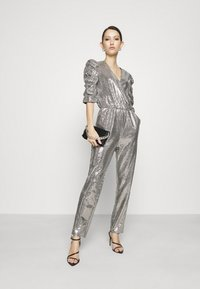 Gina Tricot - LOIS EXCLUSIVE - Jumpsuit - silver - 1